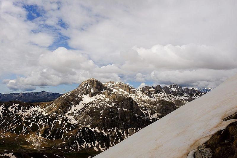 Veduta della cima delle Saline e del più lontano Marguareis