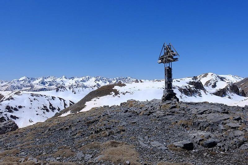 Croce di vetta al colle Fauniera