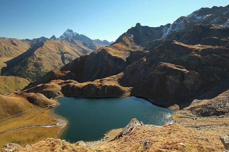 Visuale dall'alto sui laghi Bleu e Nero (clicca per ingrandire la foto)