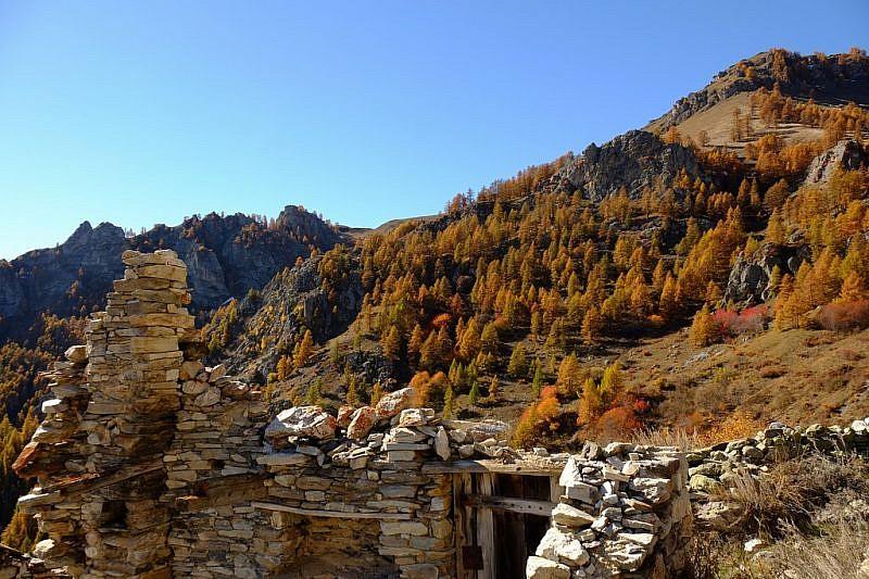 Da Capanna Ussolo (località Grangette) sguardo verso punta Culour