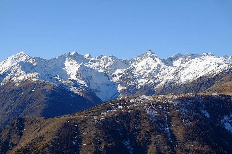 Panorama da monte Laroussa al Tenibres