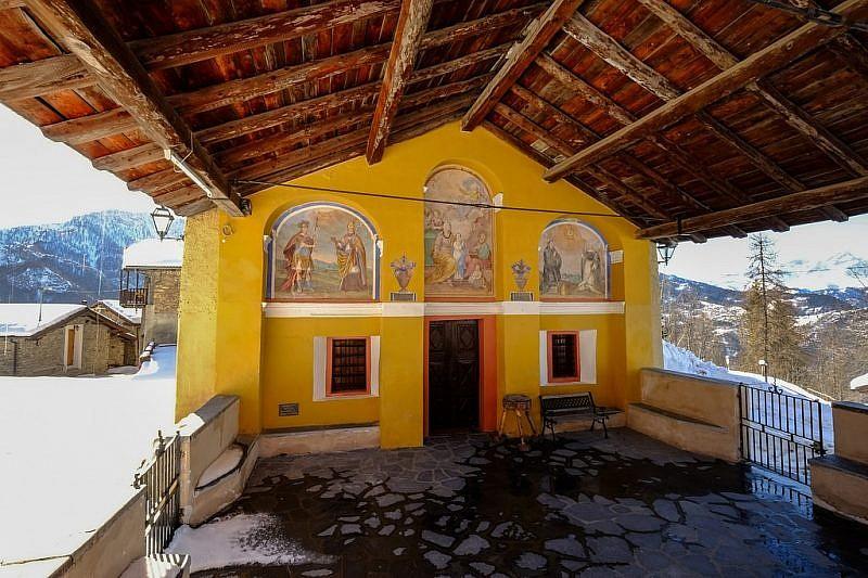 La bella chiesa di Castellaro