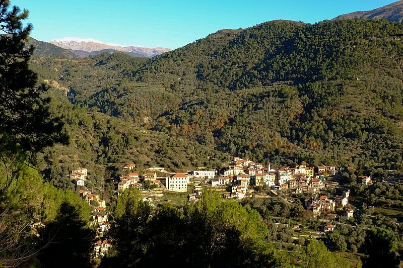Olivetta San Michele sempre più in basso