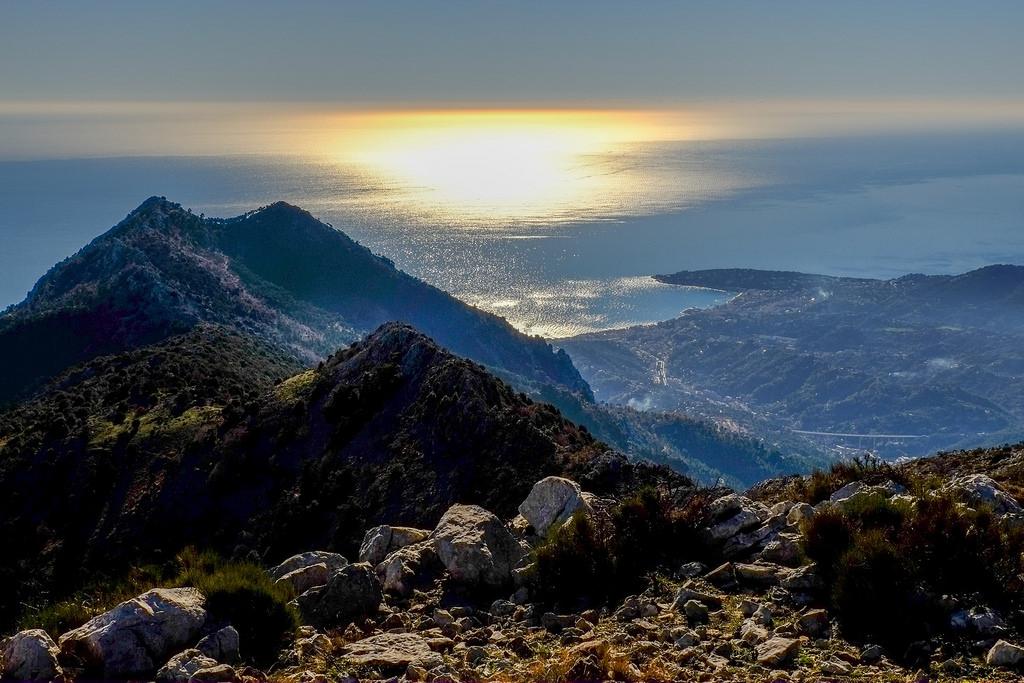 Traversata Olivetta S.Michele/Mortola attraverso il Monte Grammondo