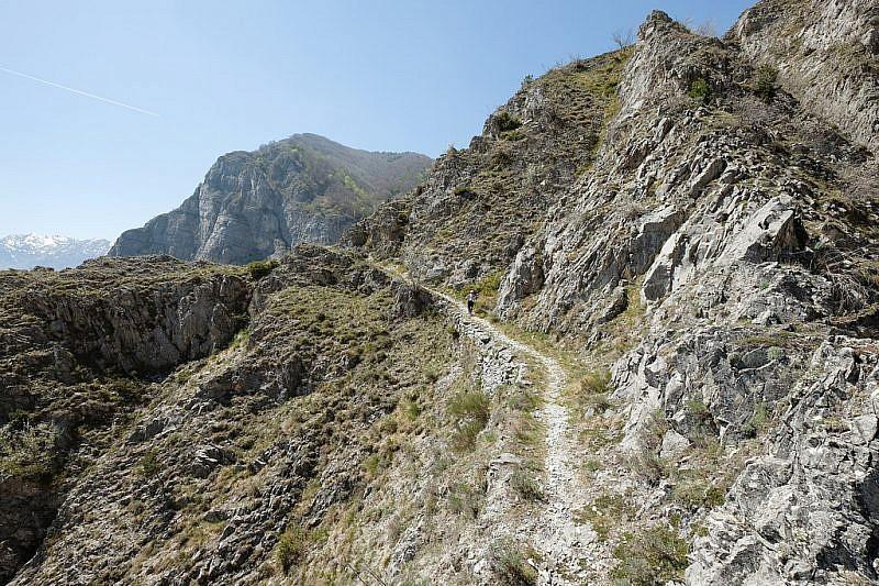 Il percorso di discesa a valle