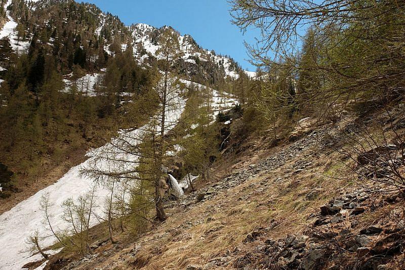 La cascatella nell'imbuto del vallone