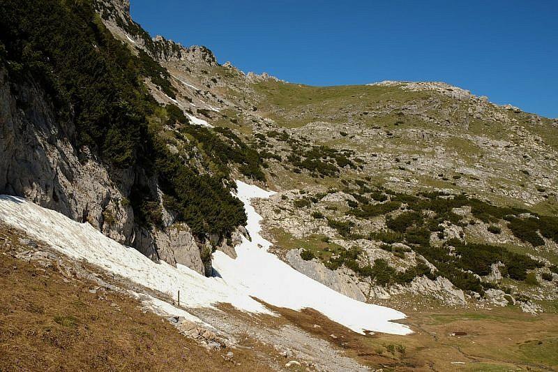 Indiscesa dalla colla del Carbone verso il monte Jurin