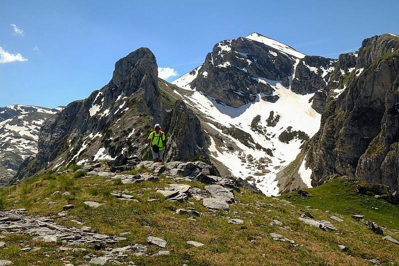 Dalla punta del Jurin veduta sulle rocce del Cros e cima della Fascia