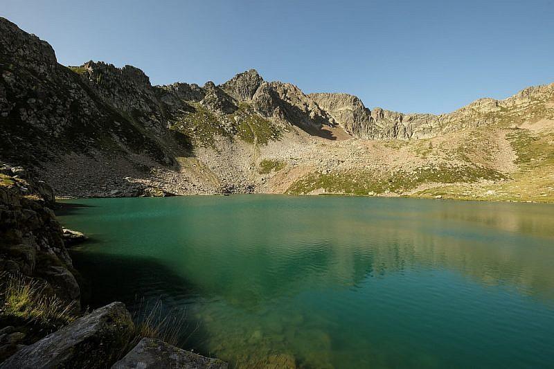 Lago Aver soprano sotto la cima Aver