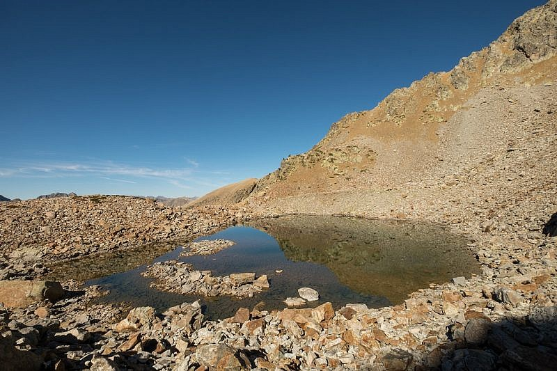 Il lago dal versante sud