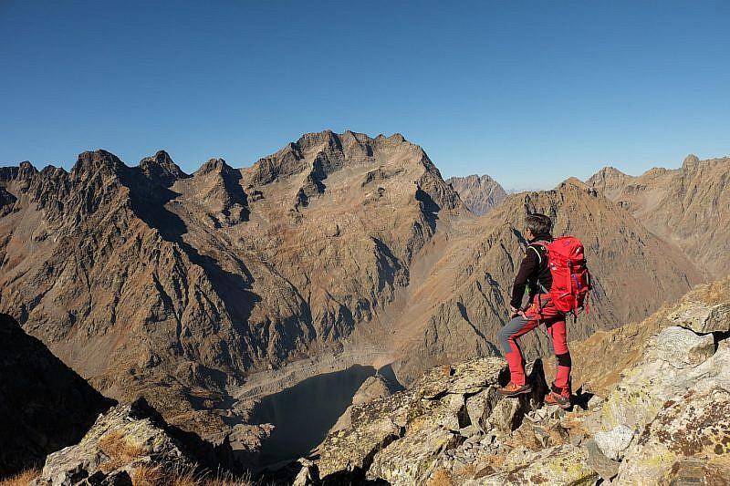 Dalla cima, panorama sulla serra dell'Argentera