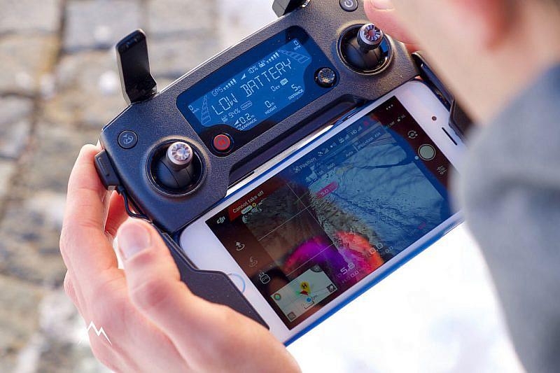Il radiocomando con lo smartphone