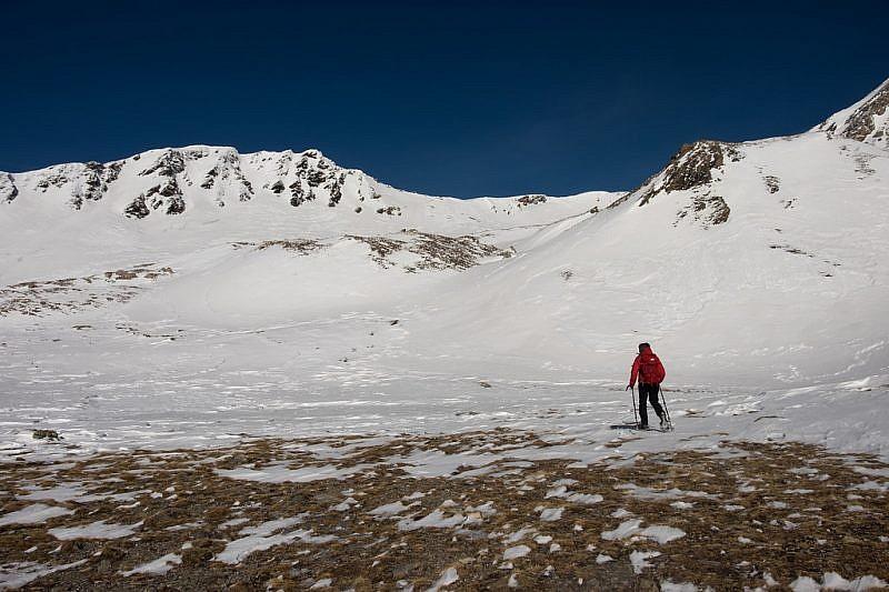 Il laghetto è scomparso sotto la neve