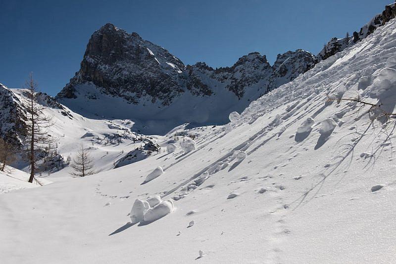 Rocca la Meja, vista scendendo sulla valletta sottostante
