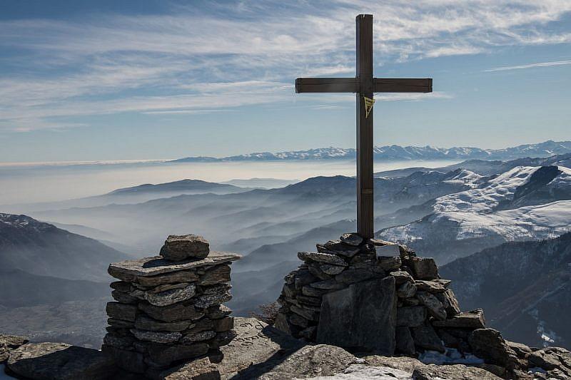 Sguardo dalla croce del Selassa