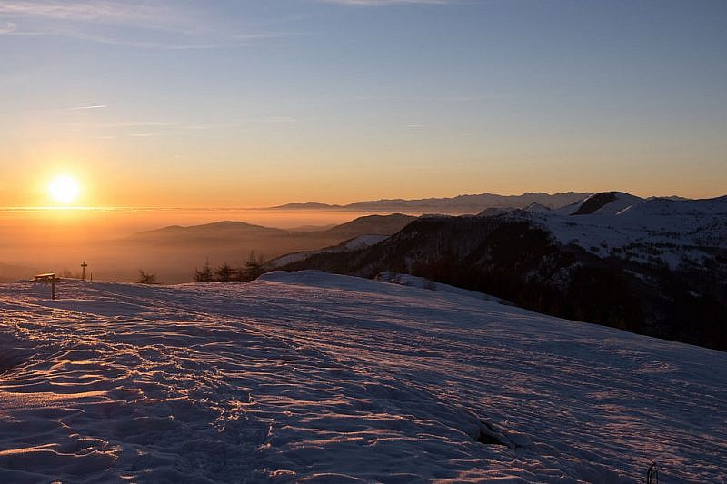 L'alba verso la pianura cuneese