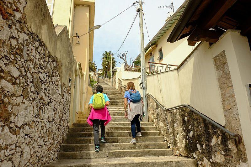 Sull'escalier du Campo Quadro