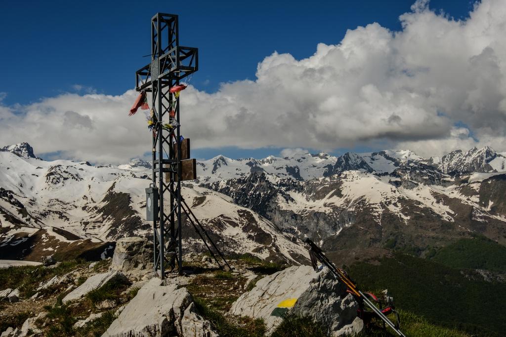 Croce di vetta del monte Vecchio
