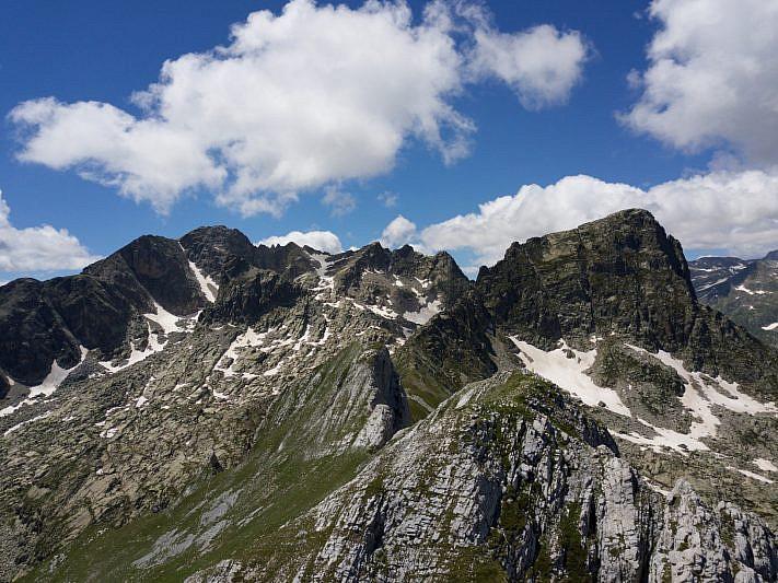 Rocca dell'Abisso (a sinistra) e Frisson (a destra)