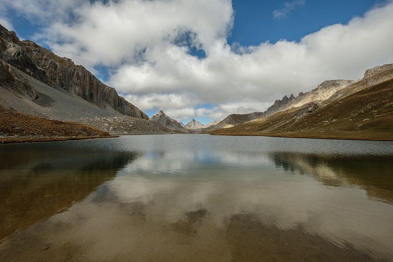 Sulla riva del lac de Oronaye