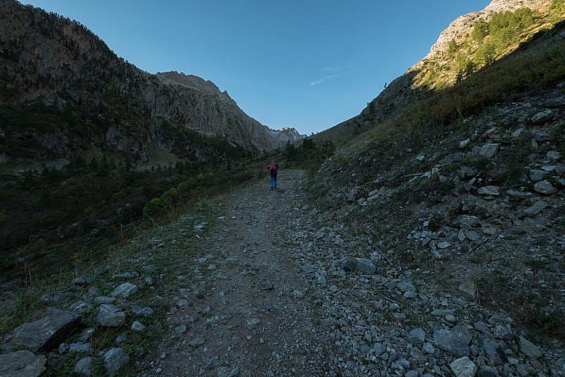 Salendo da Prati del Vallone
