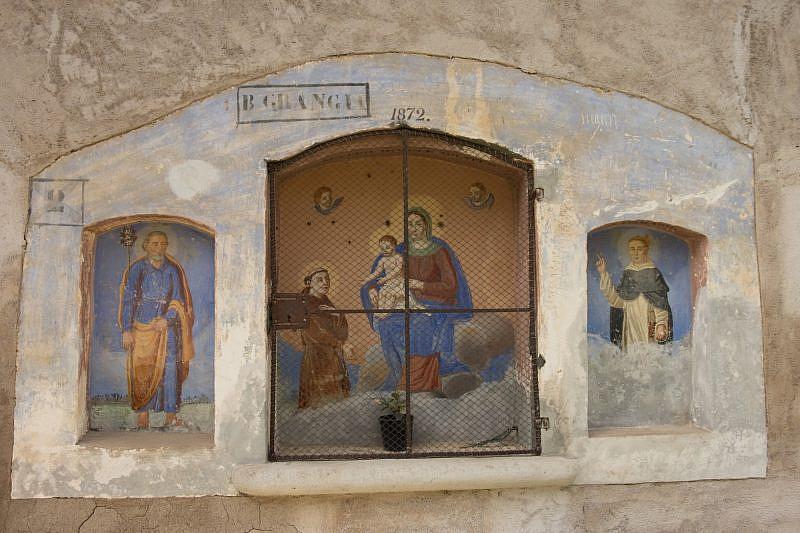 Grangia: Madonna con bambino tra santi