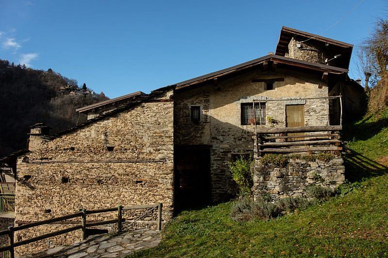 Vecchia abitazione di Albornetto soprano