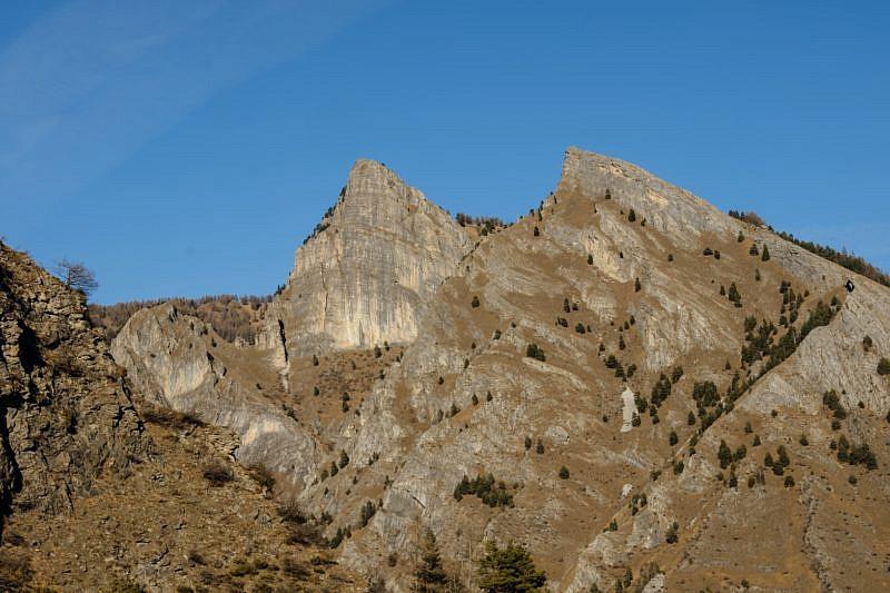 Monte Bettone (a sinistra) e Betunet