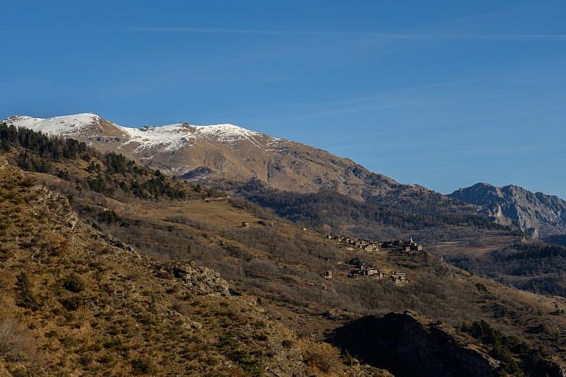 Zoom sui monti Nebin e Cugulet
