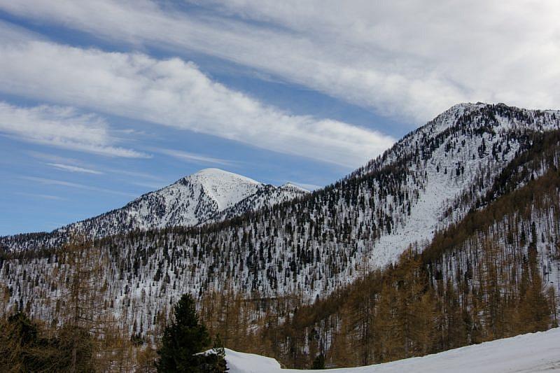 Monte Rastcias in fondo a sinistra